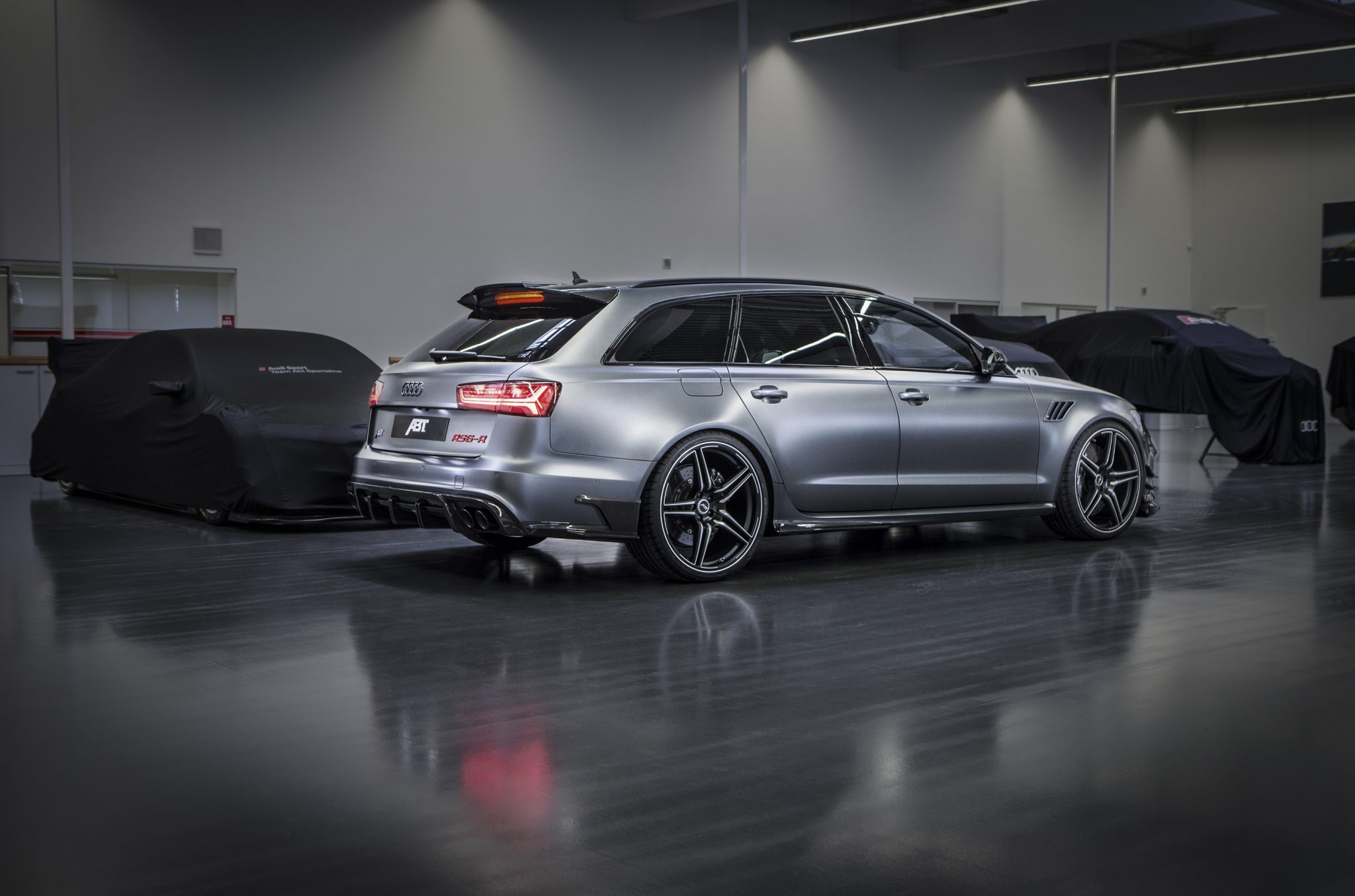 ABT_RS6-R_002